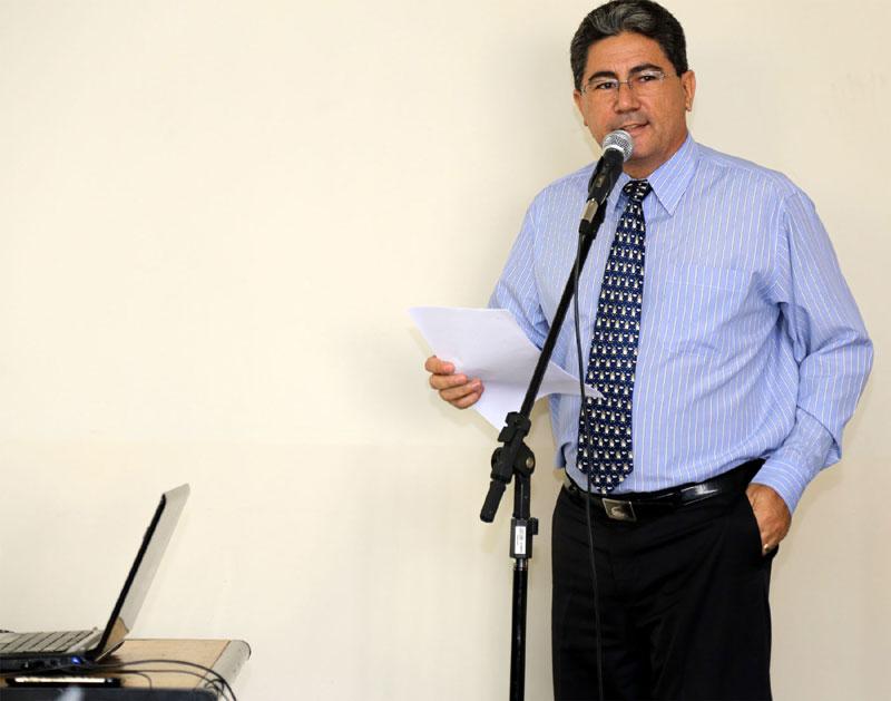 Dr. Juarez Vicente de Carvalho, membro da Comissão de Direitos Humanos da OAB/Rio Claro, atuou como mestre de cerimônias da CONGENUS e responsável pela ata oficial do evento.