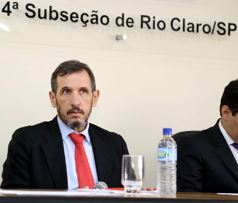 Dr. Martim de Almeida Sampaio, Coordenador da Comissão de Direitos Humanos da OAB/SP.