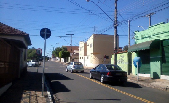 RCOL_avenida24A_rua12A_05