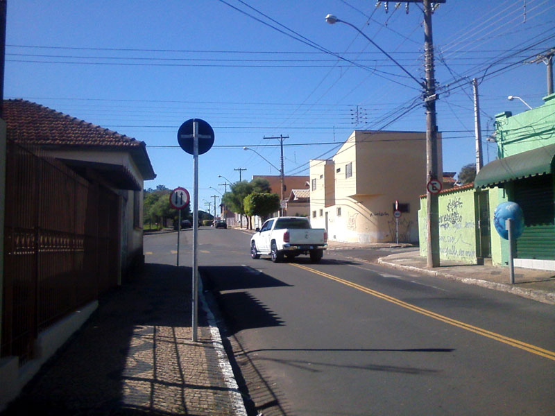 RCOL_avenida24A_rua12A_06