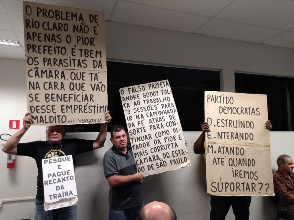 protesto-rioclaro-sp